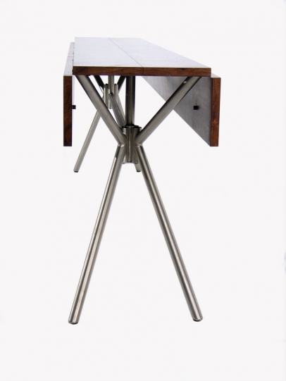 Dropleaf table – Walnut top and glass bead blasted folding stainless tube frame – detail